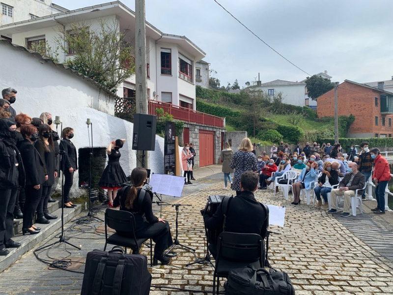 """""""No cabe mejor homenaje a las Letras Asturianas y Españolas"""" que recordar a Corín Tellado en Viavélez"""