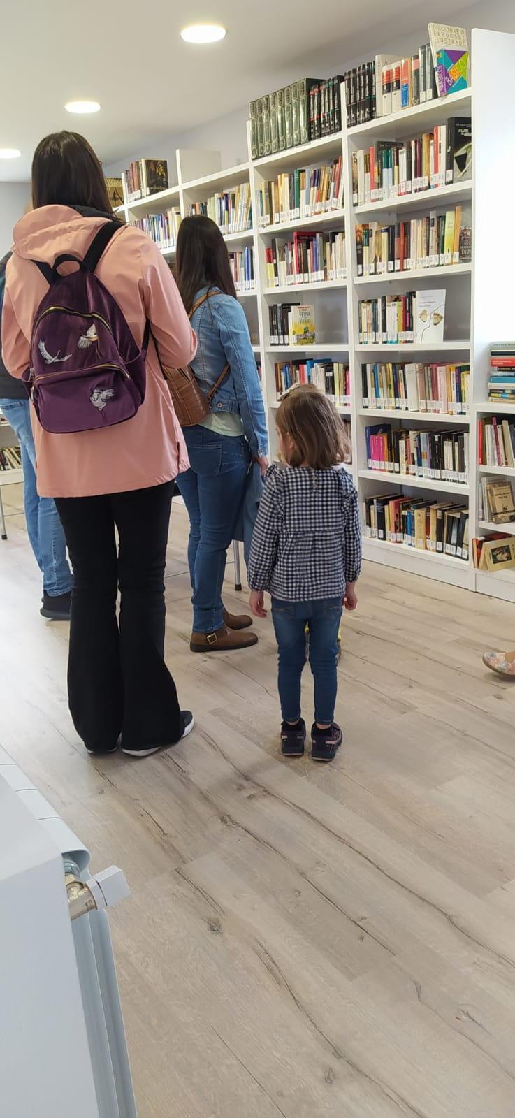 Jornada de puertas abiertas para conocer la futura Biblioteca Municipal de Villayón