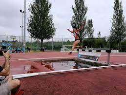 La atleta de La Caridad Sofía Fdez. Castro, 3ª en 3000 Obstáculos en San Sebastián