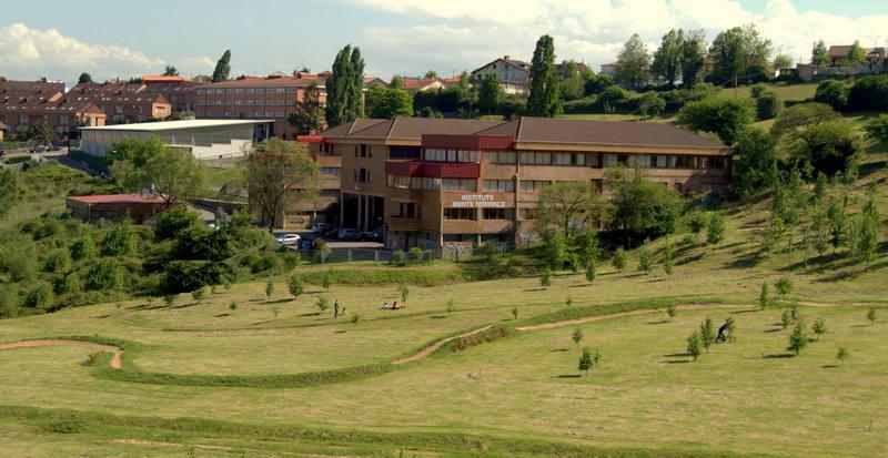 Un accidente causa la muerte del conserje del IES Monte Naranco de Oviedo