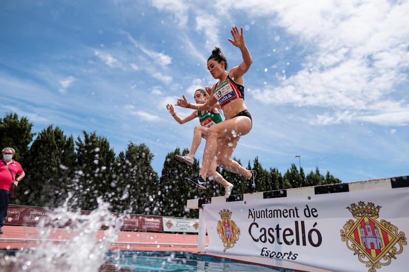 Sofía Fernández Castro (Club Atletismo Ría de Ferrol), 4ª en 3.000 Obstáculos en Castellón