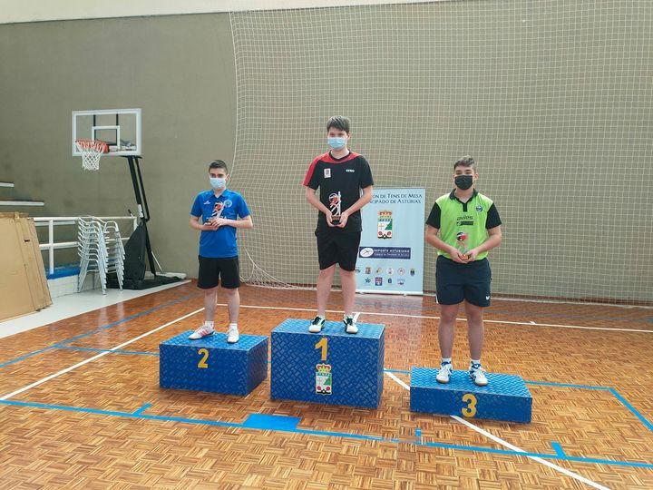 Rubén, Salva y Emilio (Club Luarca Tenis Mesa), Campeones de Asturias de Tenis de Mesa