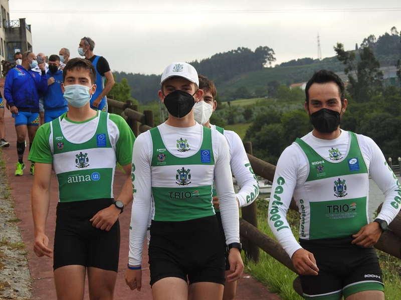 Diez medallas (7 oros, 1 plata y 2 bronces) para el Club de Mar Castropol en el Campeonato de Asturias de Remo Olímpico