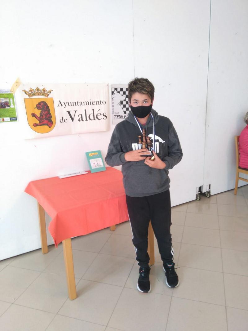Marcos Gutiérrez, Campeón de la Fase Zonal de Ajedrez de los Juegos Deportivos