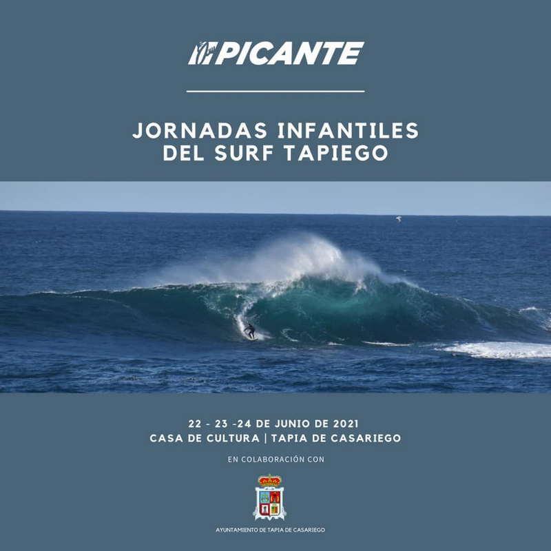 Jornadas Infantiles del Surf Tapiego durante estos día en la Casa de Cultura de Tapia