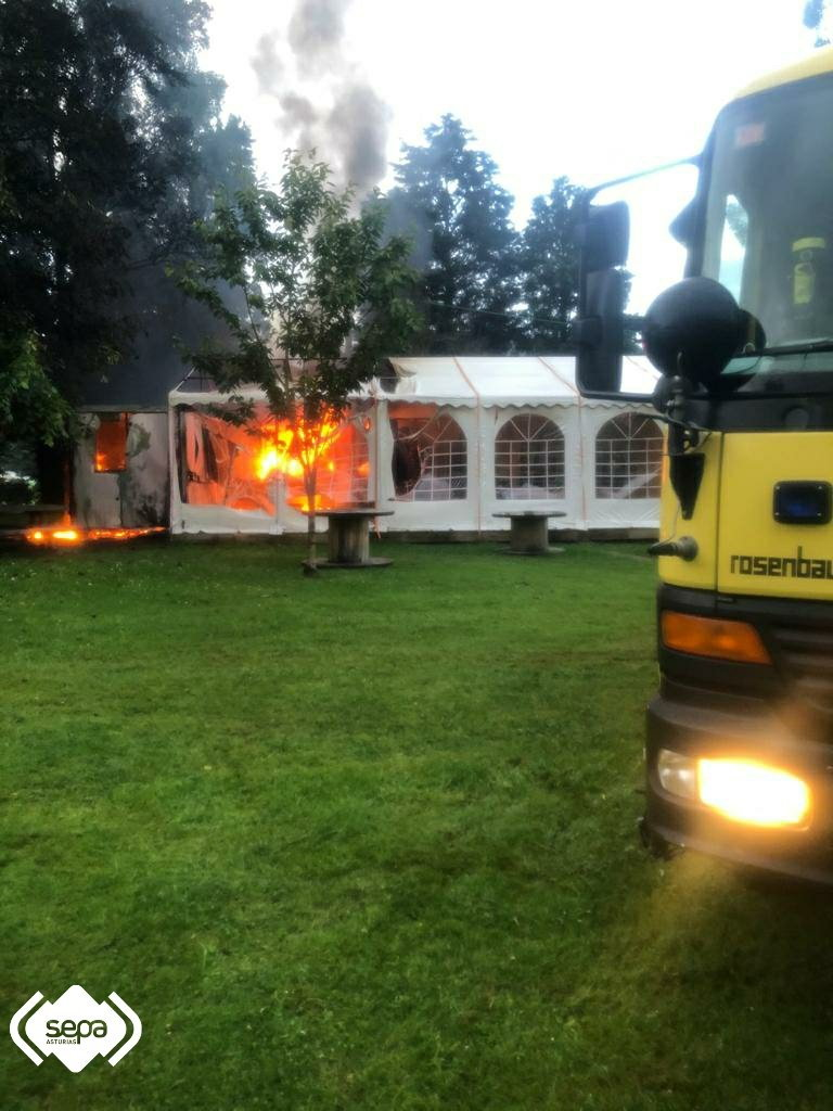 Incendio en el bar del área recreativa de Anleo (Navia)