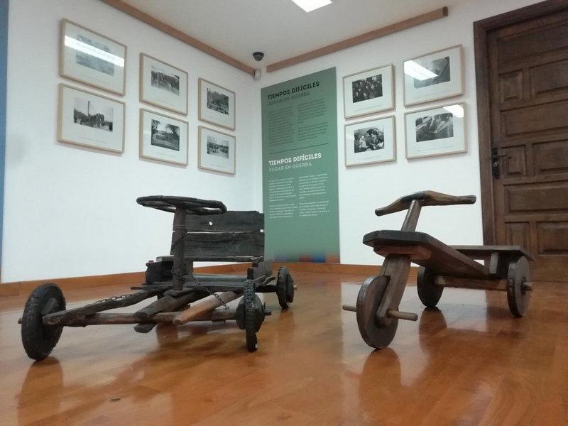"""El Museo Etnográfico de Grandas de Salime recorre la historia de Asturias con la exposición """"¿A qué Jugamos?"""""""
