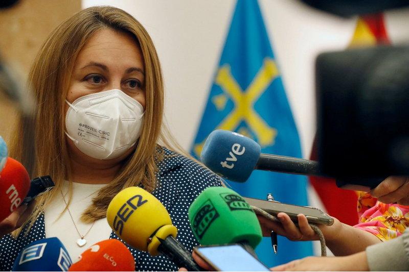 Lydia Espina ha tomado posesión como nueva consejera de Educación