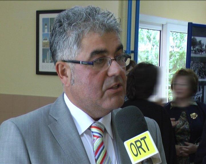 José Nieto cierra su etapa como director del IES de Luarca después de 14 años