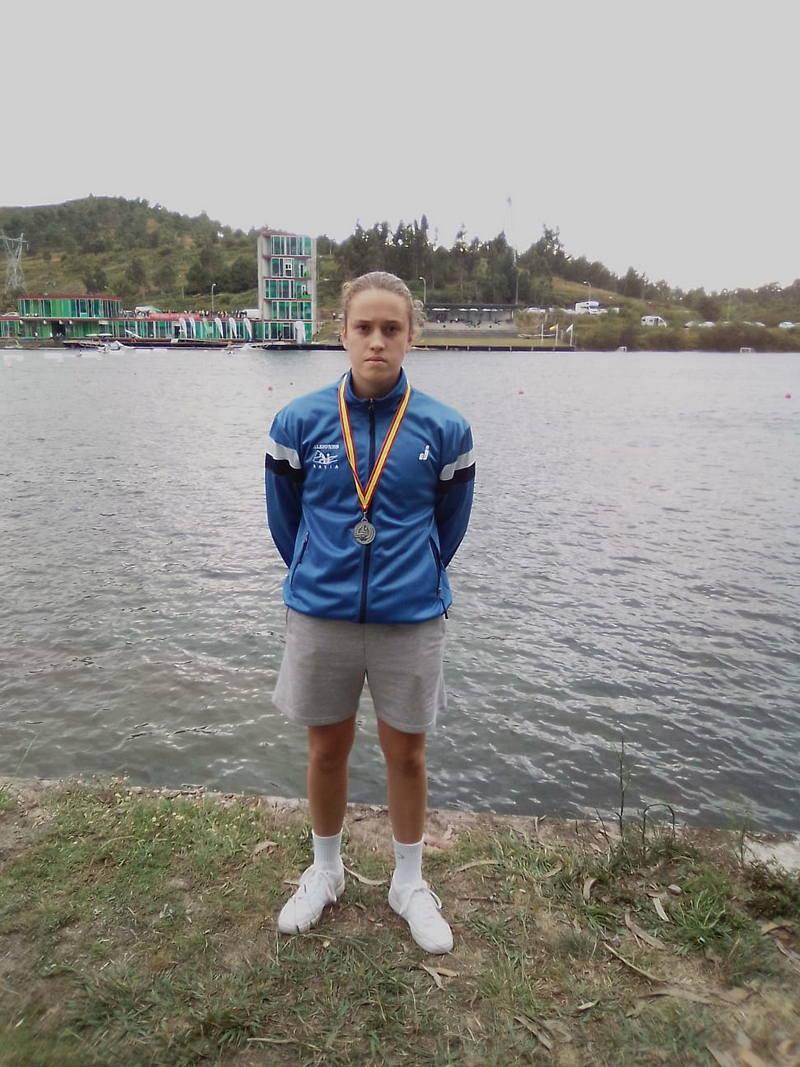 Lucía Val (Club Albiones), Subcampeona de España K-1 Juvenil 500 metros