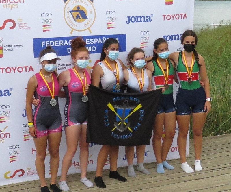 Oro y Plata para el Club Remeros del Eo en el Campeonato de España