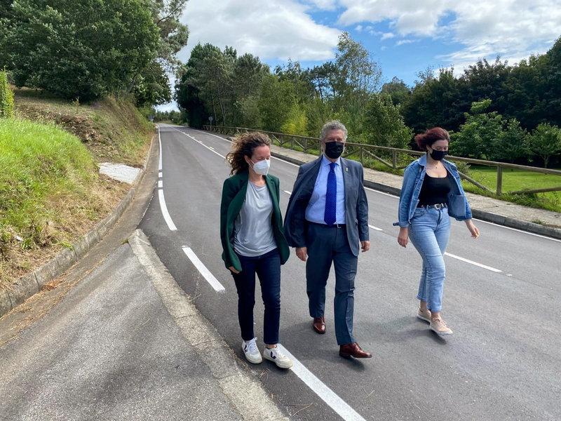 El Principado invierte 343.000 euros en la mejora de la carretera NV-6 entre Cabanella y Anleo (Navia)