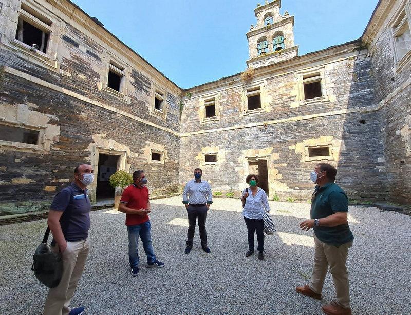 La rehabilitación de la techumbre del Monasterio de Santa María (Villanueva de Oscos) con fondos europeos
