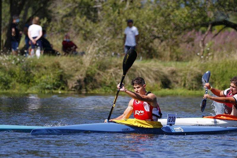 Plata para Nicolás Gayol (Club Piragüismo Altruan), en el Descenso Internacional del Río Umia