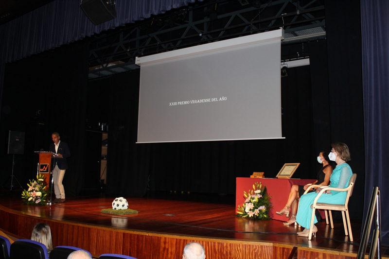 Pablo Lago recibe el XXIII Premio Vegadense del año