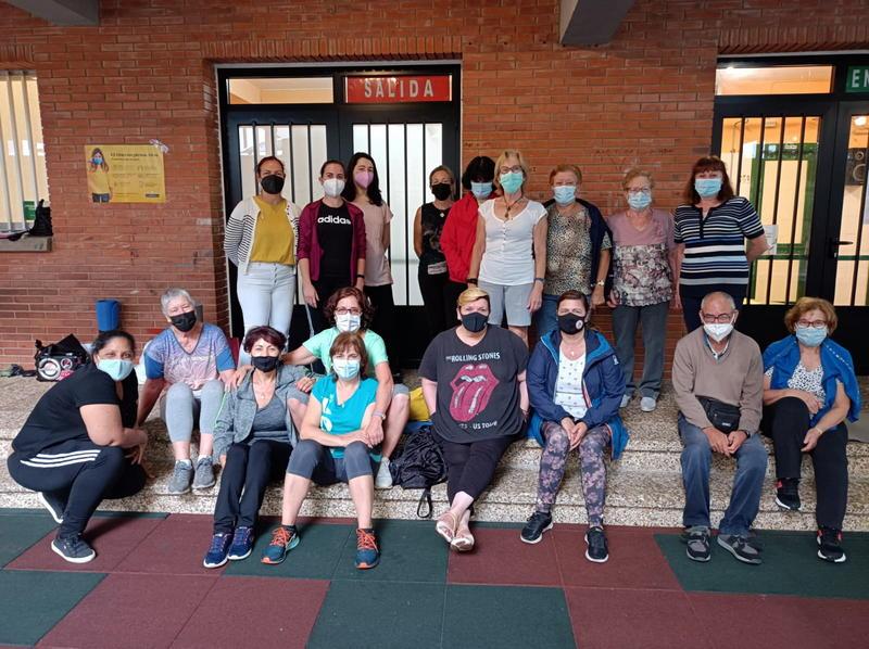 Terminan los talleres de ejercicio físico y bienestar emocional del Rompiendo Distancias de Cangas del Narcea