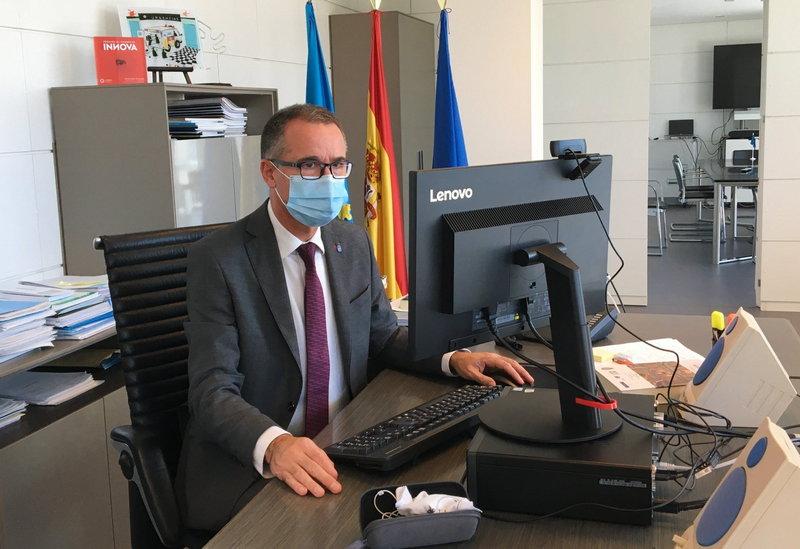 """Pablo Fernández Muñiz (consejero de Salud): """"estamos en niveles muy bajos de incidencia"""" del coronavirus"""