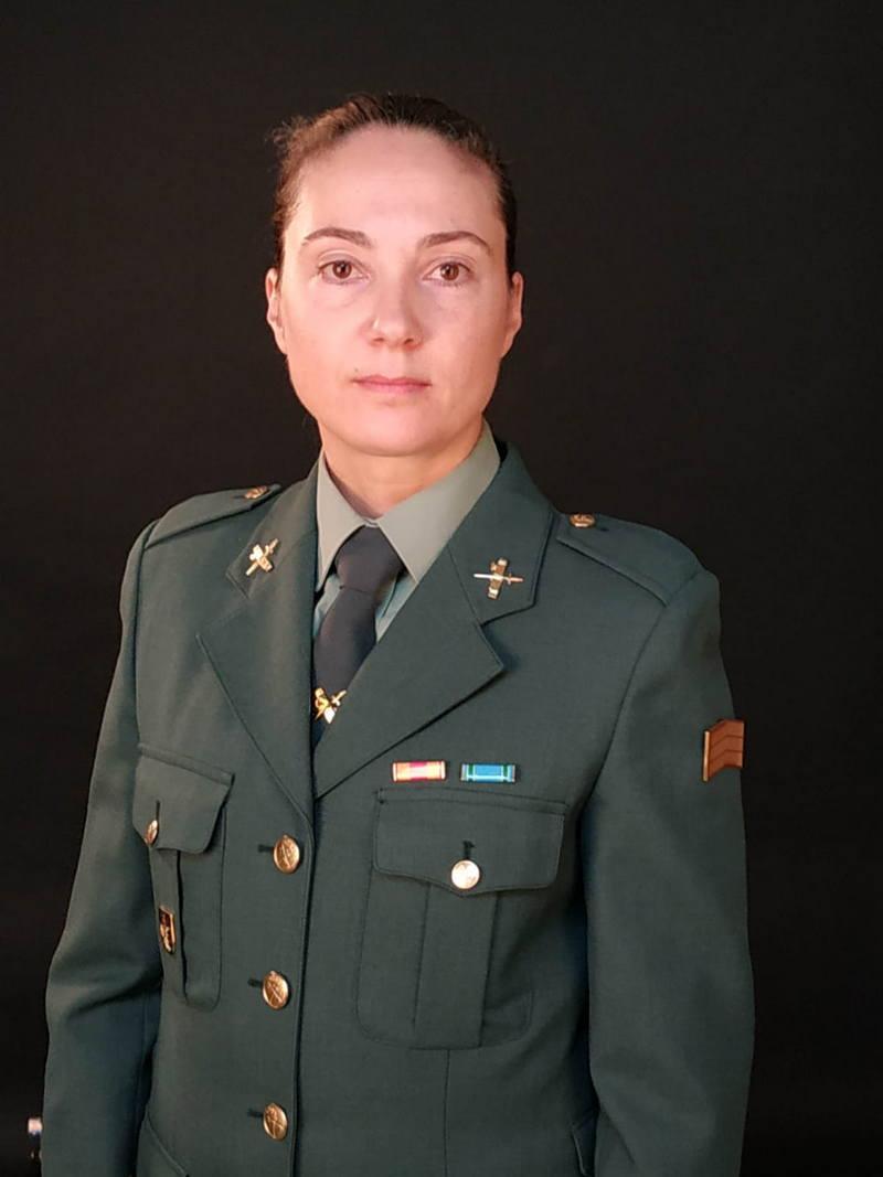 """Elena Menéndez, agente de la Guardia Civil, """"Mujer Rural 2021"""" en Cangas del Narcea"""